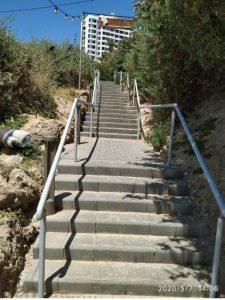 מדרגות טיילת חוף צילום אגף חופים – עיריית בת-ים