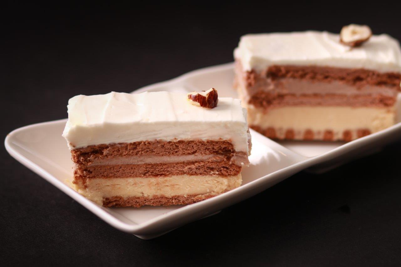עוגת גבינה שכבות טבעונית בשלושה טעמים