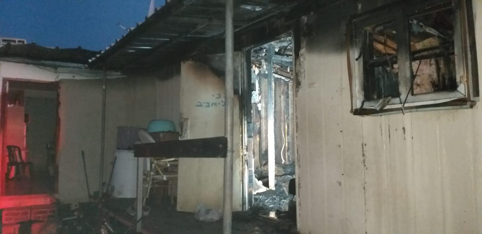 קרוואן שריפה צילום דוברות כבאות והצלה