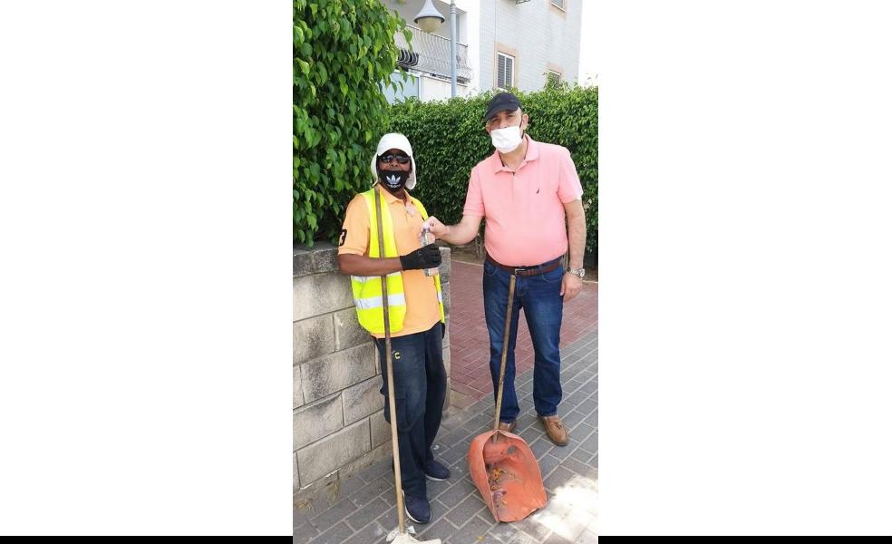 ראש העיר ועובד נקיון