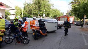 רכב הפוך תאונה צילום דוברות איחוד הצלה