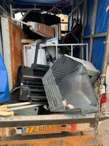 איסוף פסולת חשמלית1 צילום תאגיד מ.א.י. למיחזור פסולת אלקטרונית