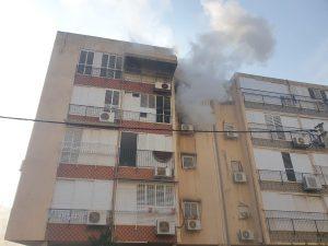 שריפה בניין כיבוי אש צילום דוברות כבאות והצלה לישראל