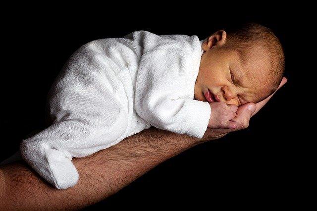 תינוק חדש בא לעולם. צילום: pixabay