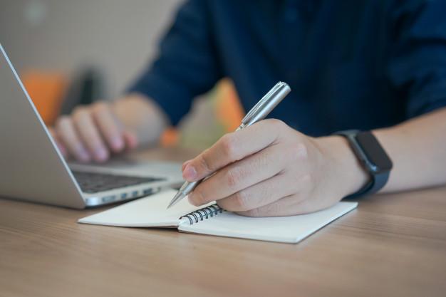 כתיבת מאמרים