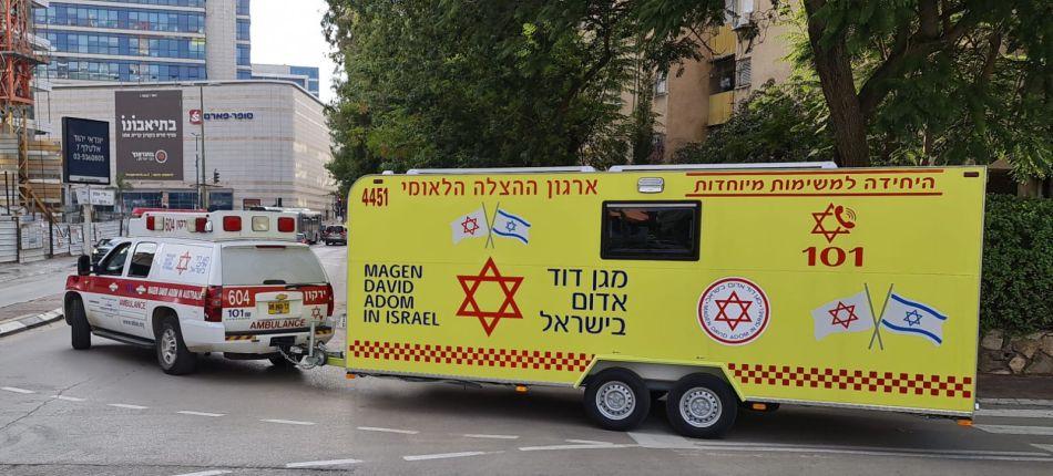 קרוואן החיסונים של מגן דוד אדום צילום דוברות מדא