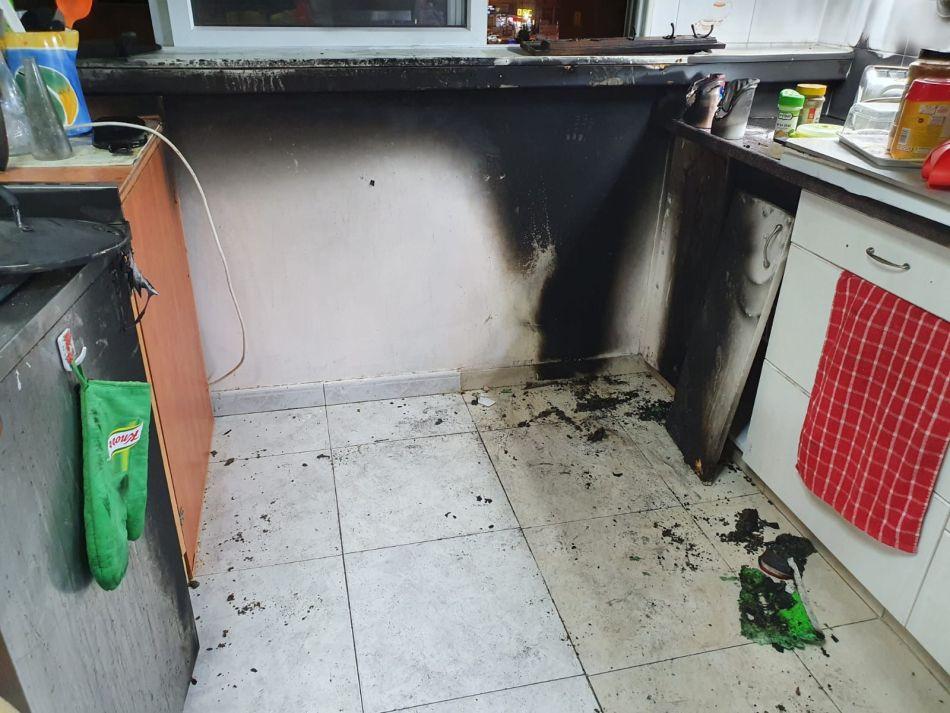 שריפה מטבח דירה צילום דוברות כבאות והצלה
