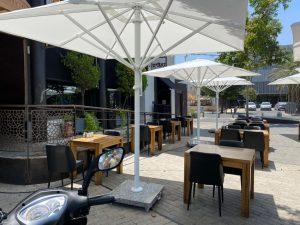 מסעדה בית קפה שולחנות צילום דוברות עיריית ראשון לציון