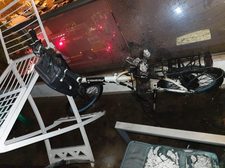 אופניים חשמליים שריפה צילום דוברות כבאות והצלה