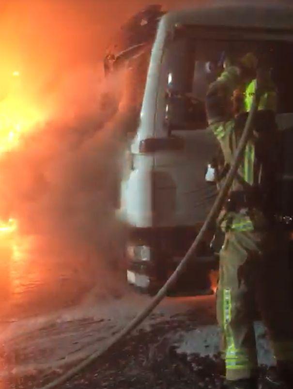 אש שריפה כבאי צילום דוברות כבאות והצלה