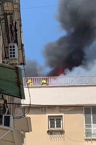 שריפה בניין כבאים אש צילום תיעוד מבצעי כבאות והצלה