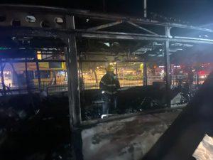 אוטובוס שרוף צילום דוברות כבאות והצלה