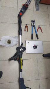 כלי פריצה מסור צילום דוברות משטרת ישראל