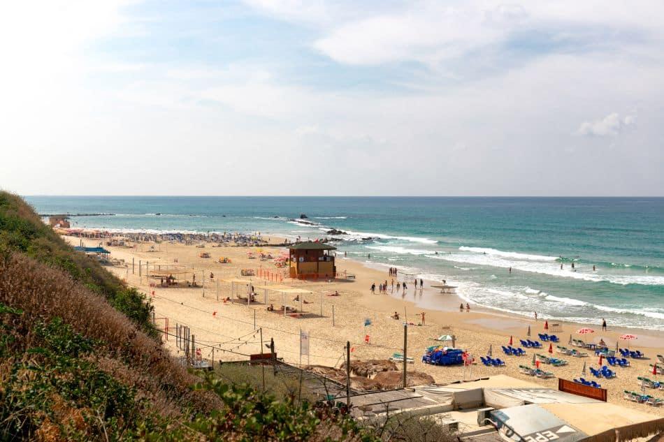 חוף ים צילום דוברות עיריית בת ים