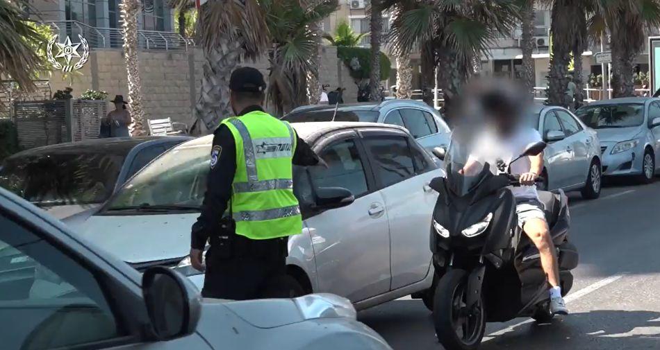 שוטר תנועה צילום דוברות משטרת ישראל