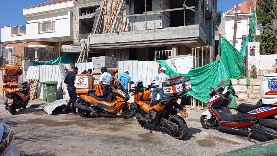 אתר בנייה נפילה צילום דוברות איחוד הצלה