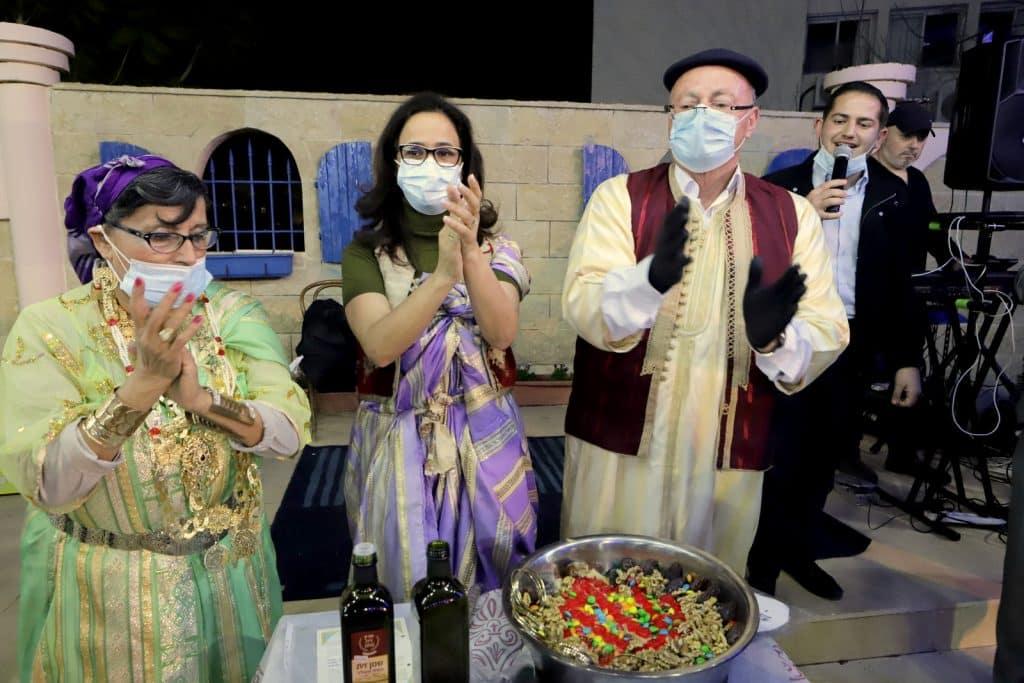 לרגל ראש חודש ניסן ערכו במוזיאון יהדות לוב את טקס הבסיסה המסורתי