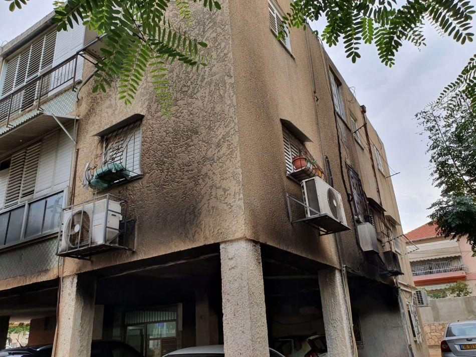 בניין שריפה צילום דוברות כבאות והצלה מחוז דן